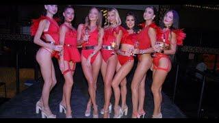 Bikini Show Yarı çıplak kadın Dans