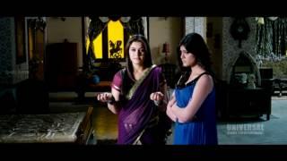 Dhenikaina Ready Movie    Hansika Motwani  Her Saree Remove Scene    Vishnu, Hansika