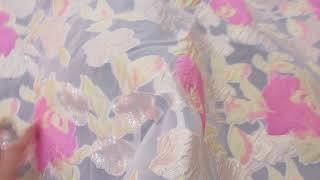 Brocard pe Organza Trandafiri Roz si Aurii