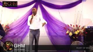 Joe Mettle Worships at Global Harvest Ministries UK
