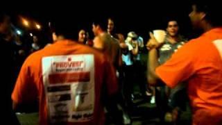 Kaléo Dançando Chapado No Barra Gay .