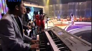 2 RACUN Live At Sedap Malam (05-12-2012) Courtesy RCTI