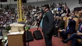 Cantor:Clayton Queiroz Congresso  de Missões  Grande Templo Sinop 2017.