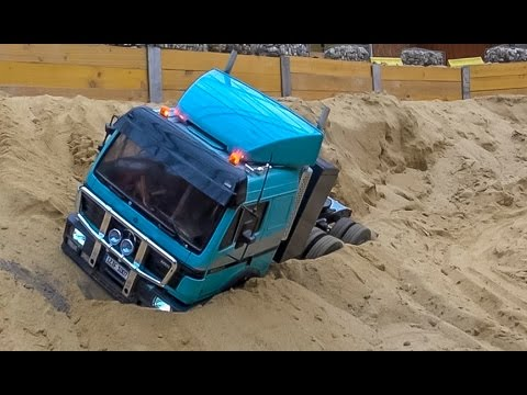 RC truck action and Mercedes SK stuck at RC Glashaus BIG R C FUN