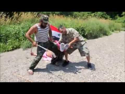 الجيش العربي السوري يعتقل ارهابي اجنبي انظر مذا فعلو به فيديو مسرب من جوال ضابط سوري