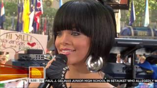 [1080p] Rihanna - Umbrella @ (Today Show 06.08.07) HD
