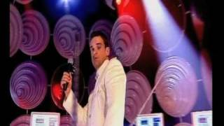 Robbie Williams 'Radio' : Top Of The Pops Saturday