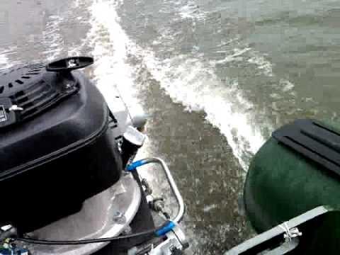 лодочный мотор ветерок на казанке видео