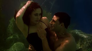 Love In Deep Blue Sea !!! Best Marriage Proposal Ever