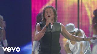 Carlos Vives - El Mar de Sus Ojos (Premios Juventud 2014) ft. ChocQuibTown