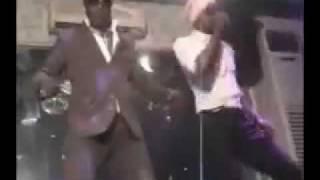 Abidjan Show le cesar  S2falet démontre la danse du Tourbillon