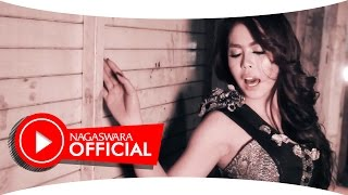 Vivien Vania - Penak Jamanku - Official Music Video - NAGASWARA