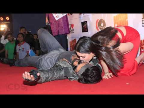 Xxx Mp4 Tamanna Bhatia KISSING Ranveer Singh On Stage In Public 3gp Sex