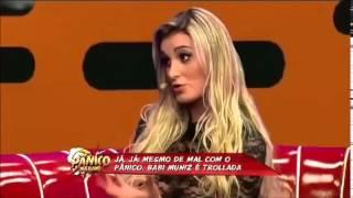 Andressa Urach mostra periquita pro Poderoso Castiga do Pânico