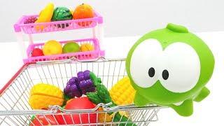 Om Nom ile meyve ve sebze öğreniyoruz