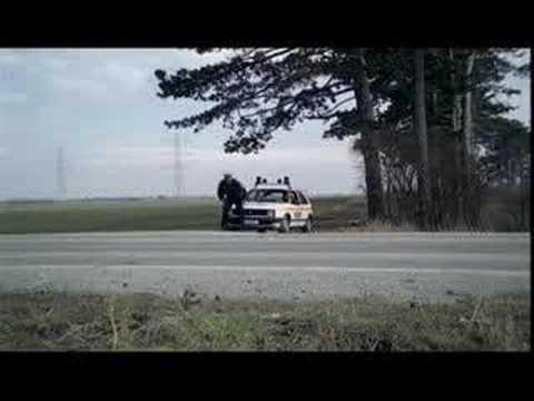Jak pozdrowić policjanta