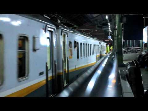 CC 204 03 04 Kereta Api Indonesia leads Argo Dwipangga arrived at Gambir station
