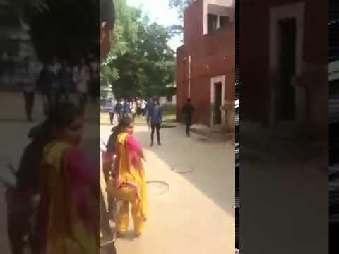 Xxx Mp4 Jind Government College Mein Ek Ladki Ne 3gp Sex