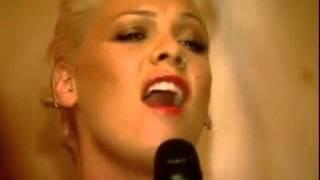 Pink singing Janis' Mercedes Benz