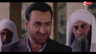 """مسلسل الوسواس - مشهد قوي لـ """" نضال الشافعي """" يذبح أخيه وينادي على الصلاة - الحلقة 30"""