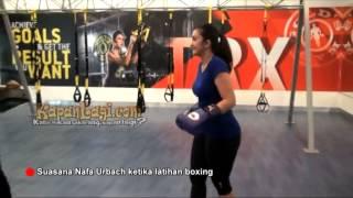 Nafa Urbach Berubah Macho Saat Latihan Boxing
