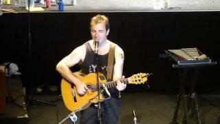 Kevin Johansen - Down With My Baby (Teatro Nescafe De Las Artes 04.08.2010)