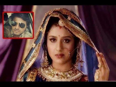 SHOCKING : Paridhi Sharma aka Jodha SEXUALLY HARASSED By Director In JODHA AKBAR!