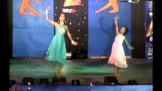 Ayushi & Trisha duet perfomance song AASHAYEN in zip zap zoom kidz 2010 Taza tv final
