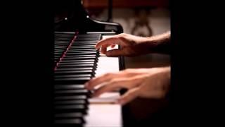 Ashegh Shodam Man -  Piano by Mohsen Karbassi - عاشق شدم من