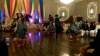 Kashif & Maria's Mehndi Dance!