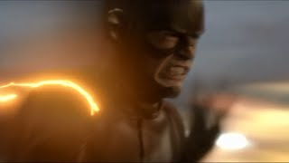 The Flash: Barry travels through time