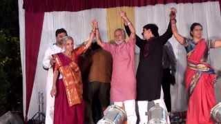 Dekho Dekho Hai Sam Badi Divani.. Dhire Dhire Ban Jaye Na Koi Kahani...!!!!