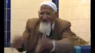 GOOD ANSWER P 1  MOLANA ISHAQ QURAN K MUTABAQ AHL E BAIT KOUN