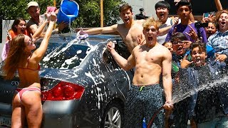 CAR WASH WITH FANS CARS
