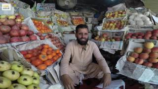 Pakistani Fruit Vendor says he is in Paradise - 4K video