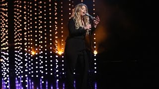 Ella Henderson Performs 'Ghost'