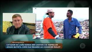 Geraldo Luís faz surpresa no lixão e mostra como é a vida do catador cantor