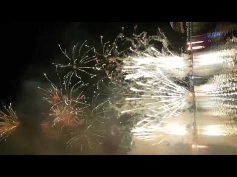 Kembang api malam tahun baru 2017 singapore
