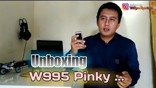 UNBOXING HP JADUL SONY ERICSSON W995 PINKY DULU SE' CANGGIH SONY XZ PREMIUM / SONY XZ2