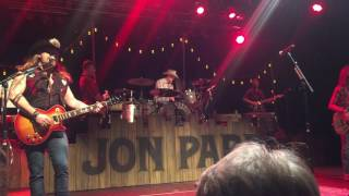 Jon Pardi - You Shook Me All Night Long *Pardi On Drums*