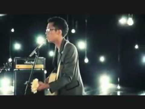 Download Sezairi Sezali - Broken Music Video + Lyrics & Download Link!! free