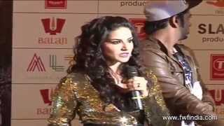 Sunny Leone Performs Live on