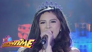It's Showtime: Janella sings