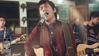D'MASIV - Dengarlah Sayang (Official Video)