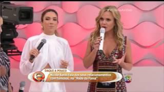 Cantora vai sem calcinha no programa da Eliana e mostra partes íntimas