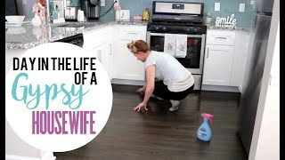 GYPSY HOUSE WIFE | DAY IN THE LIFE + GIVEAWAY