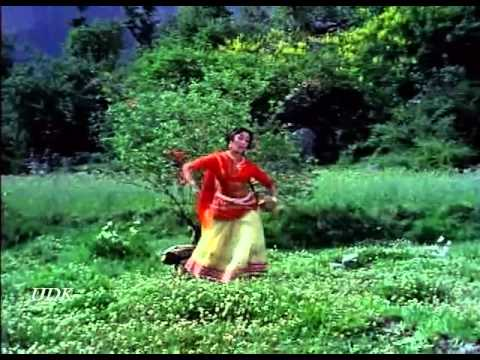 Himalaya Ki God Mein 1965  ek tu jo mila