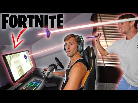 Destroyed brothers computer prank while streaming Fortnite