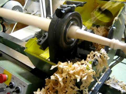 Poloautomatick� soustruh na dřevo