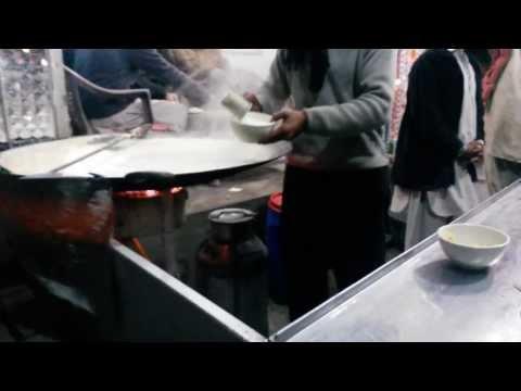 Xxx Mp4 Doodh Jaleibi Winter Hot Snacks Lahore Street Food Tastes Of Pakistan 3gp Sex